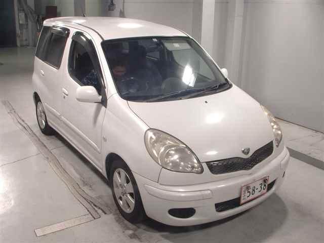Toyota Fun Cargo 2003