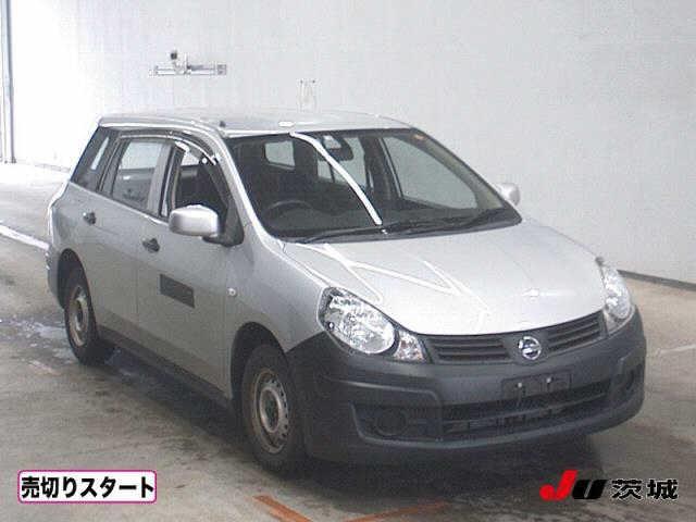 Nissan Ad Van 2016