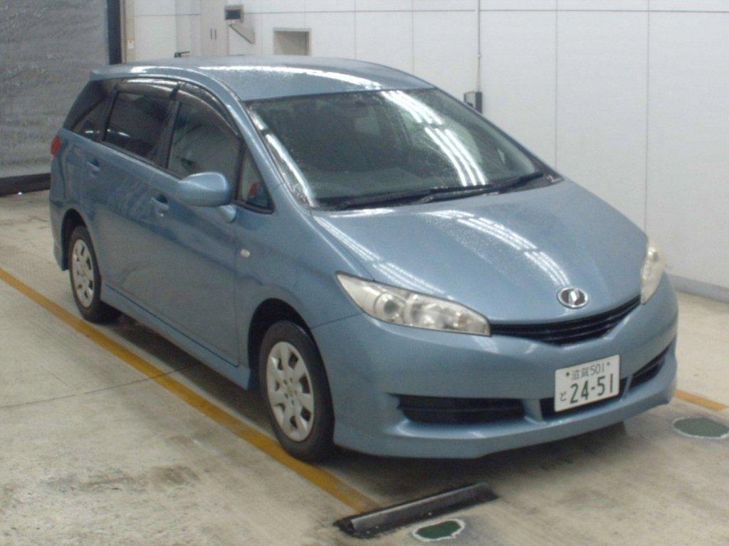 Toyota Wish 2011