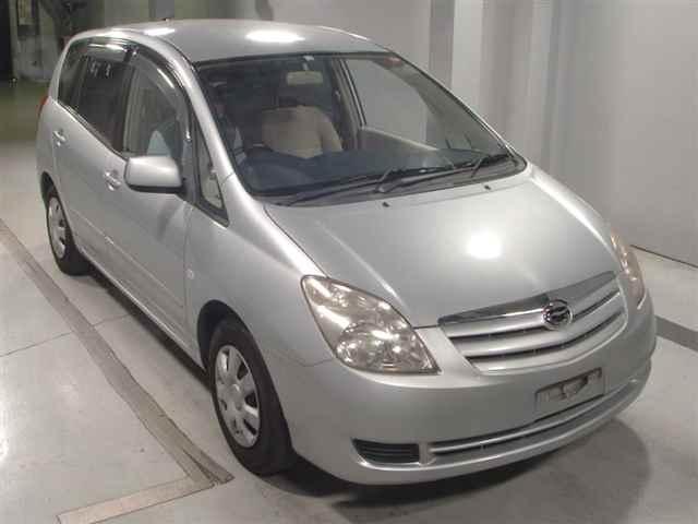 Toyota Corolla Spacio 2004