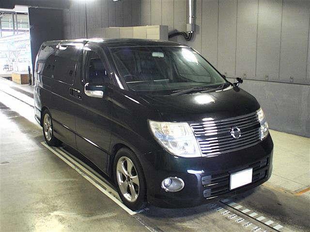 Nissan Elgrand 2009