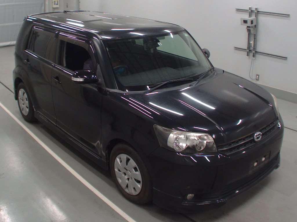 Toyota Corolla Rumion 2010