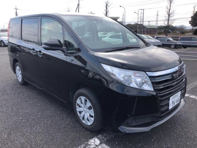 Toyota Noah 2017