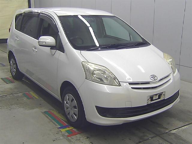 Toyota Passo Sette 2009