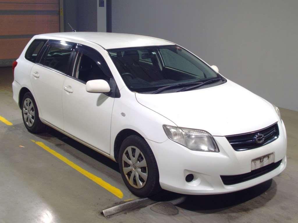 Toyota Corolla Fielder 2012
