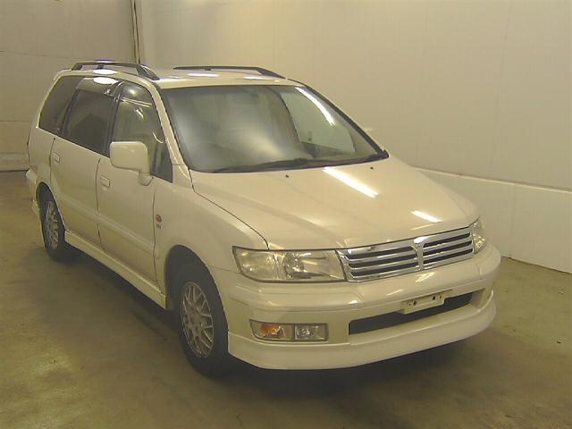 Mitsubishi Chariot Grandis 1998