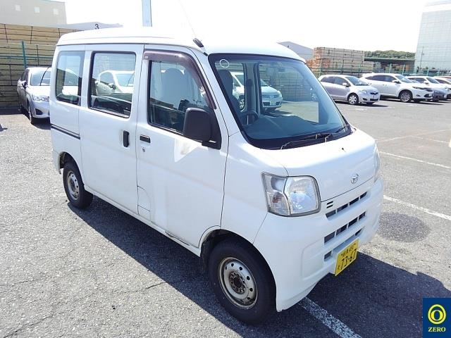 Daihatsu Hicab Van 2013
