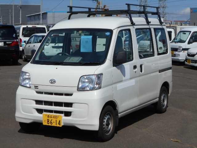 Daihatsu Hijet Cargo 2013