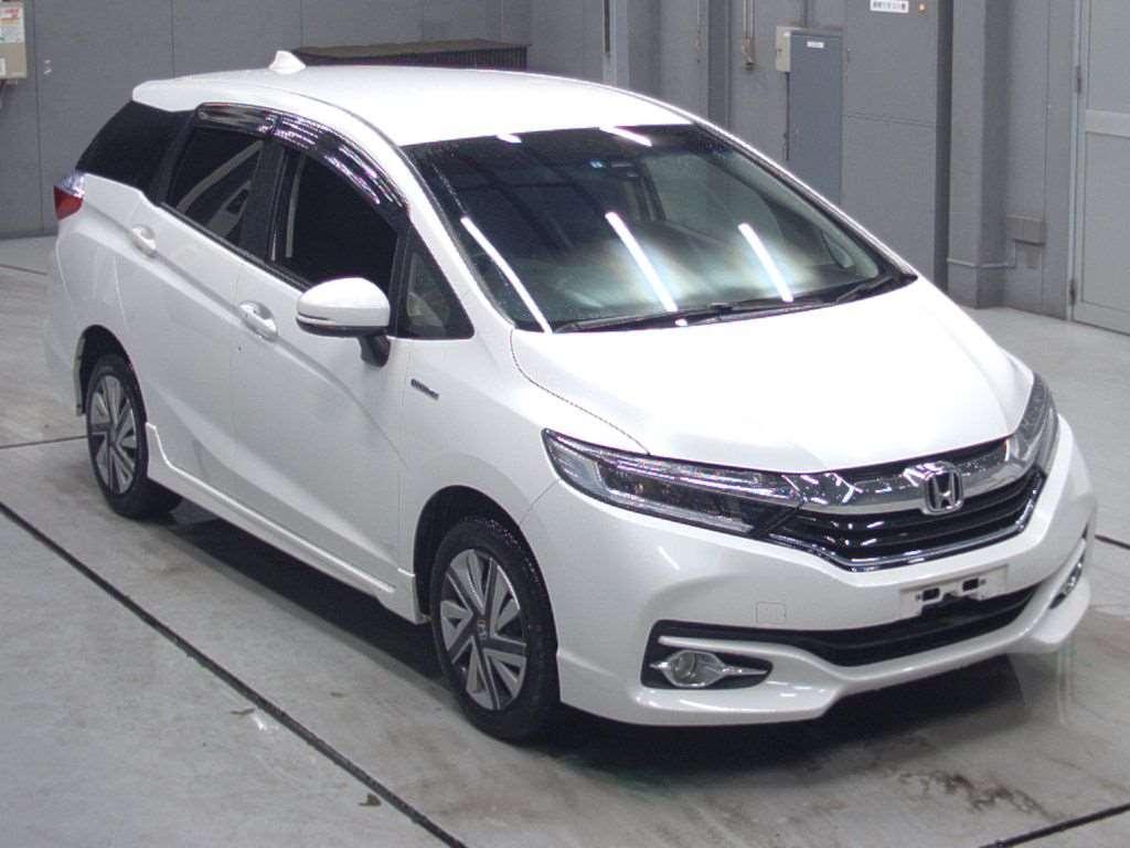 Honda Fit shuttle 2016