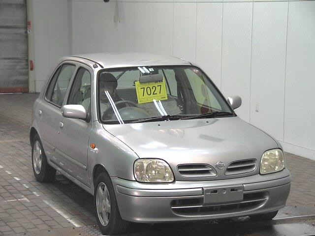 Nissan March 2001