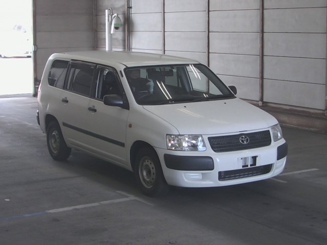 Toyota Succeed Wagon 2013