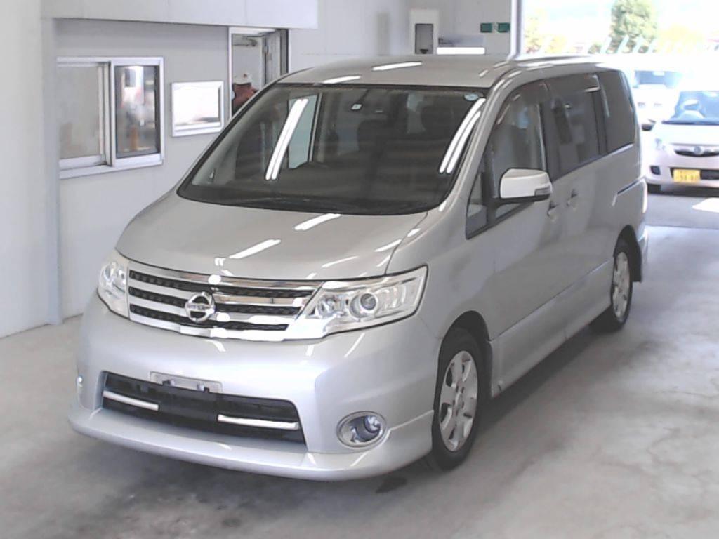 Nissan Serena 2010