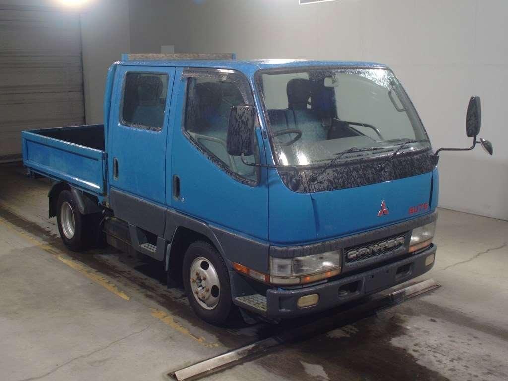 Mitsubishi Canter Guts 2000