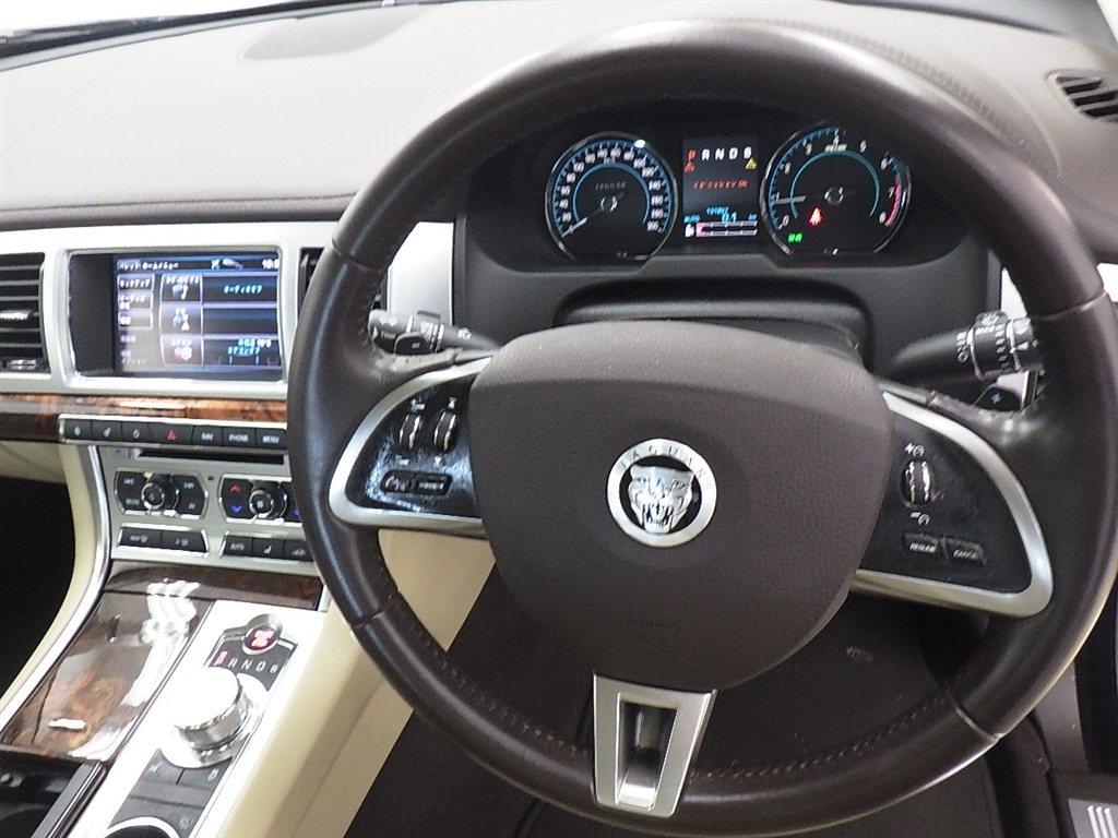 Jaguar XF 2014, GRAY, 1990cc, ATM - Autocraft Japan