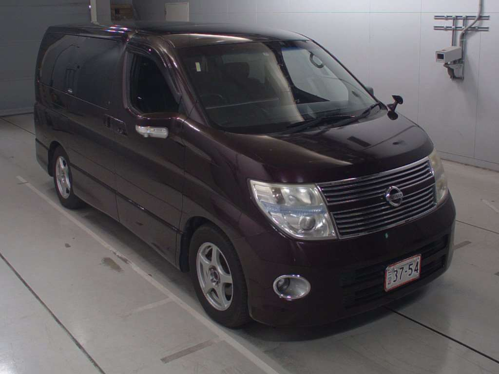 Nissan Elgrand 2007