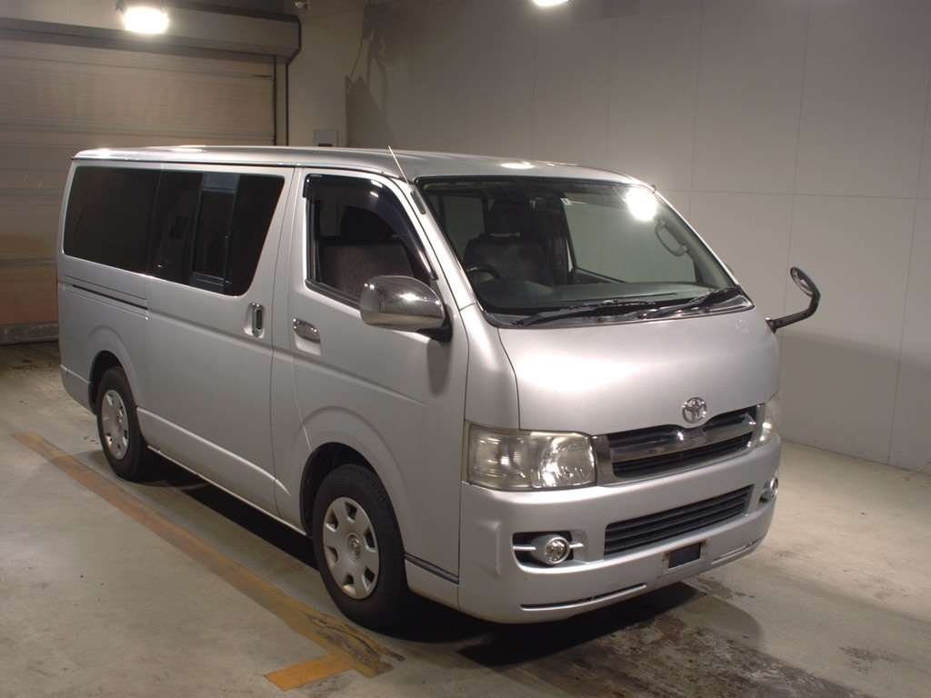 Toyota Regius Van 2006
