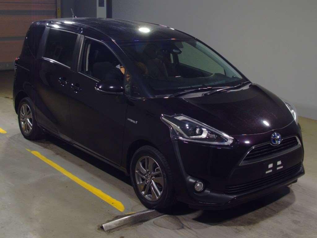 Toyota Sienta 2018