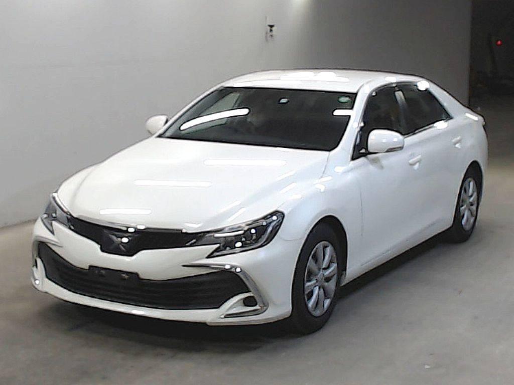Toyota Mark X 2018