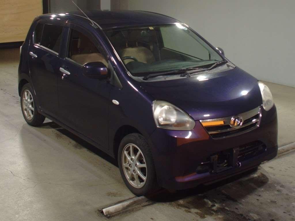 Daihatsu MIRA e:s 2013