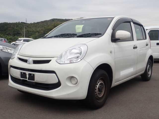 Toyota Passo 2015