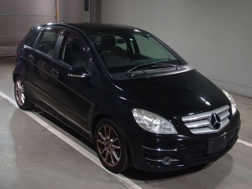 Mercedes-Benz B Class 2010