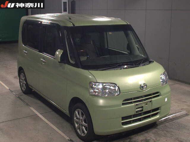 Daihatsu Tanto 2012