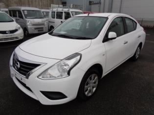 Nissan Tiida Latio 2017