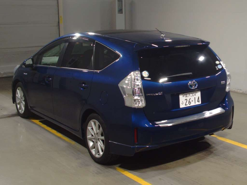 Toyota PRIUS α