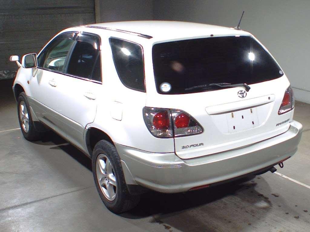 Toyota Harrier 2001
