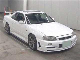 Nissan Skyline 1999
