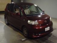 Toyota Porte 2011