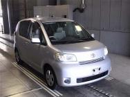 Toyota Porte 2012