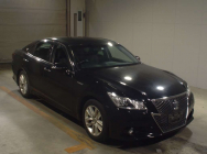 Toyota Crown Hybrid 2014