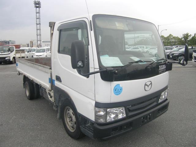 Mazda Titan Dash