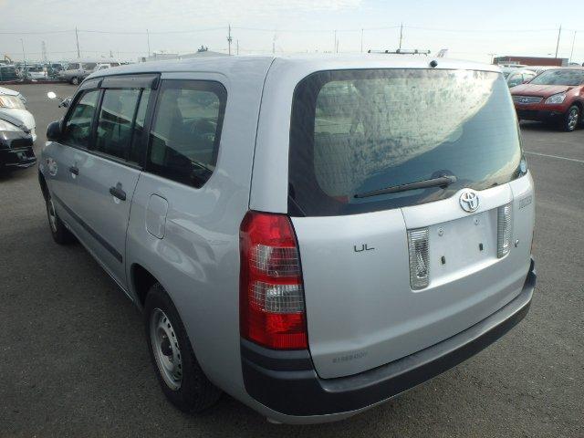 Toyota Succeed Van